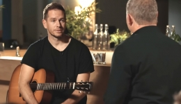 Hill Song worship leader renounces His faith in Jesus